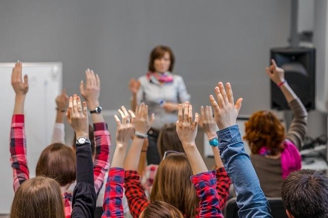 教育に訪れる文明的な転換点 ―― 「teaching」から「learning」へ