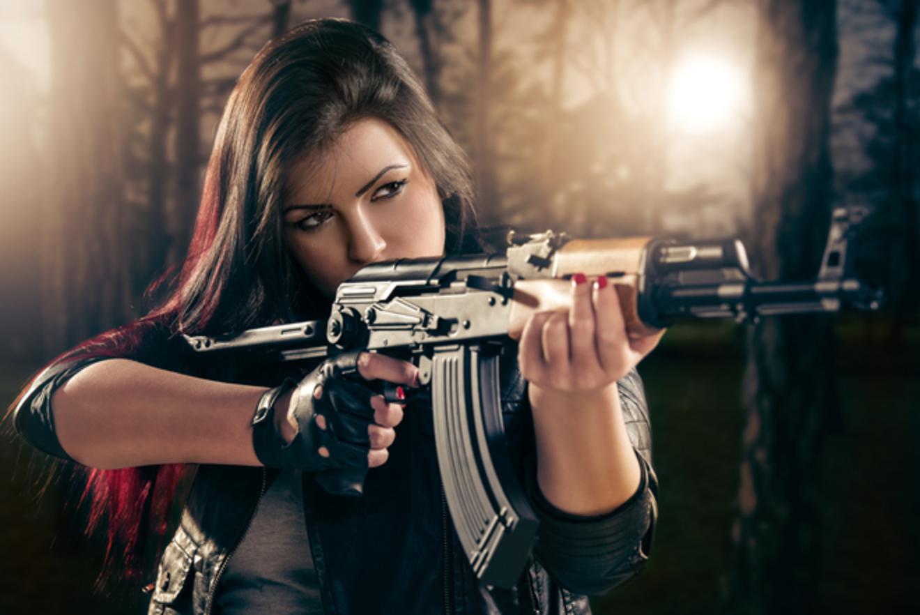 残酷な少女が平和を願い、優しい少年が戦争をする物語。自我と敵に関する論文
