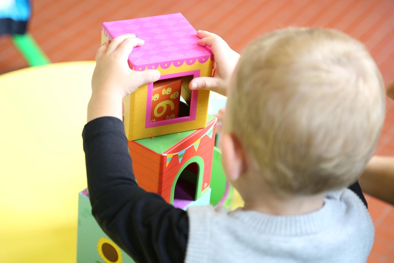 待機児童問題の5つの原因!対策方法を追求した本も紹介!