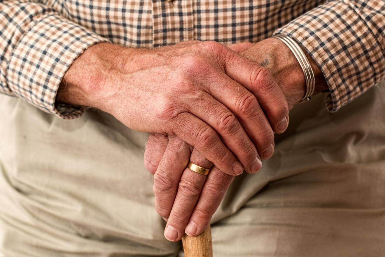 10人中9人が「下流老人」に?恐れる前に知っておきたい社会の歪み