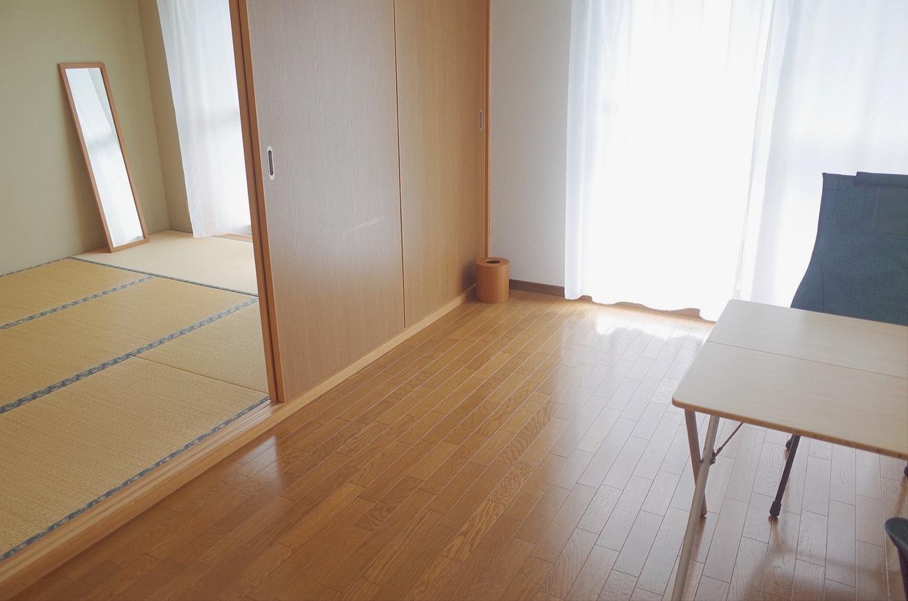 ミニマリストおふみが部屋を公開!夫婦で身軽に暮らす秘訣とは?