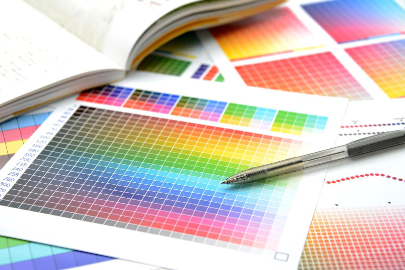 グラフィックデザイナーになるには?5分で分かる、年収や仕事内容、資格など