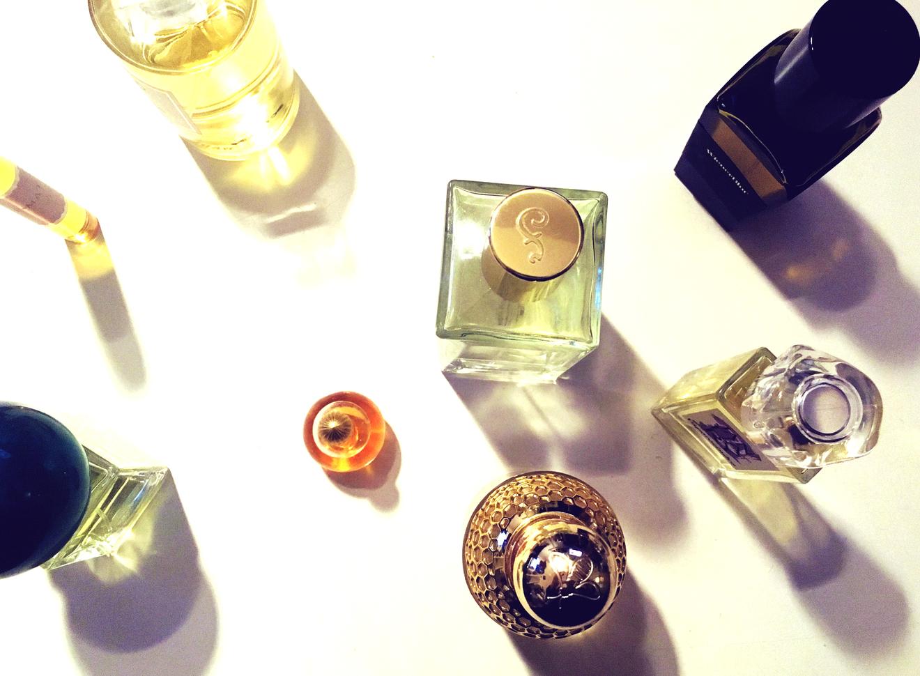 モテ香水を超えて行きたい大人のための香水入門書