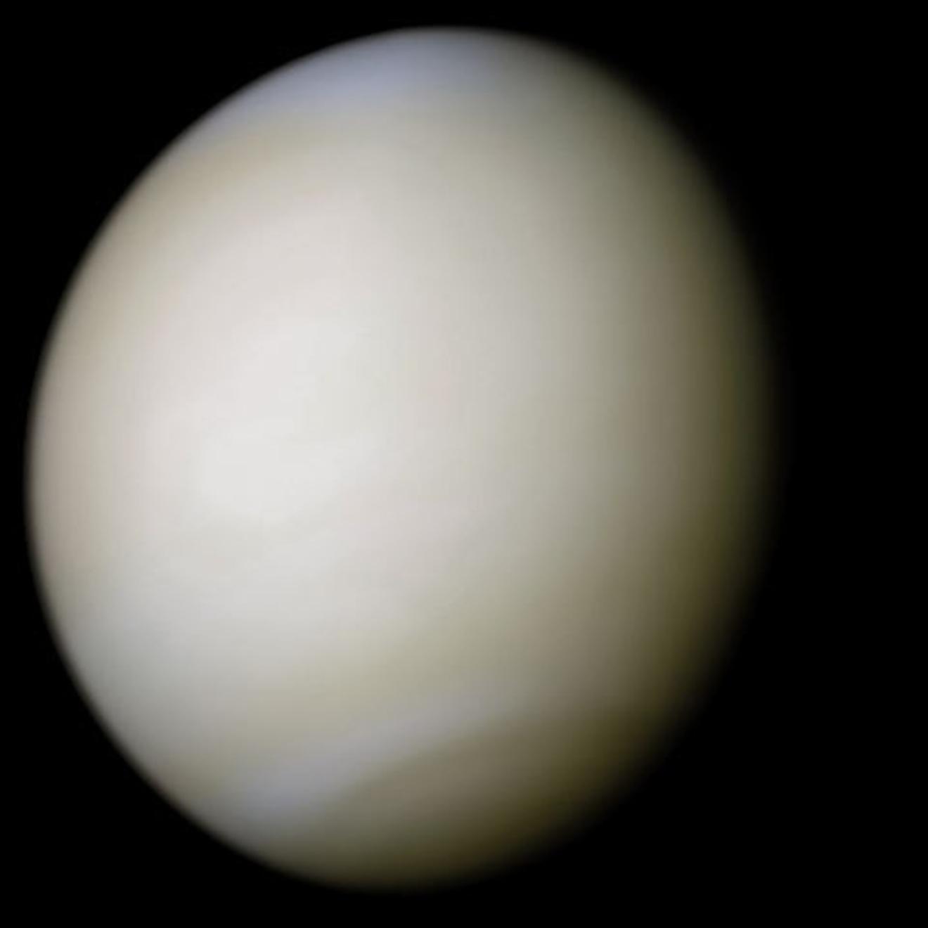 5分でわかる金星の特徴!大きさや温度、大気、自転などをわかりやすく解説!