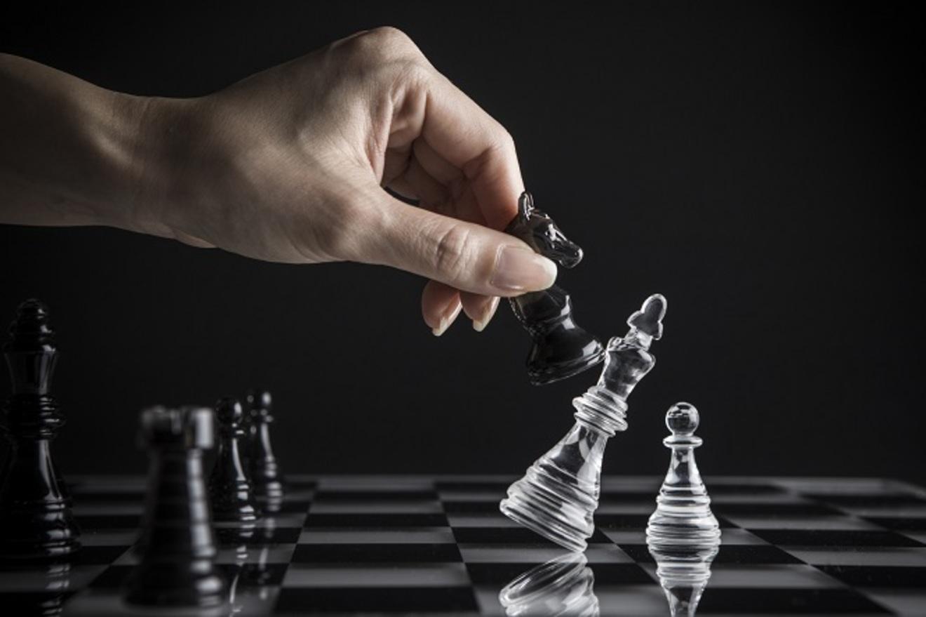 『イノベーションのジレンマ』大企業へ向けた6つの注意点!原因や対策を解説