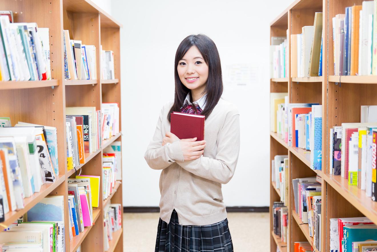 中学生の読書感想文におすすめの本を紹介!簡単に読めるものや課題図書など